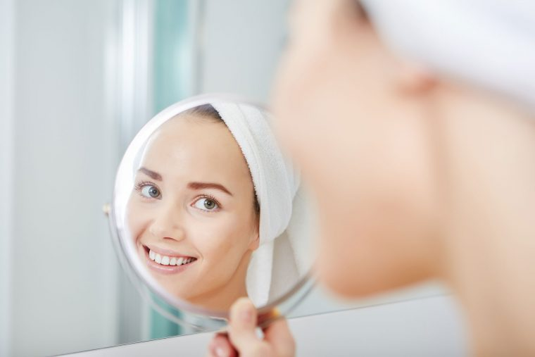 Mistakes To Avoid If You Want To Keep Your Face Looking Fresh